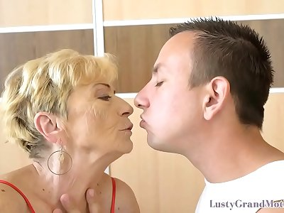 Liver spot covered granny gets pussy banged