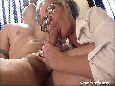 MILF Is A Bad Secretary